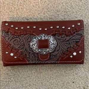 Brand new never used 7.5x4 In wallet.